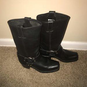 Womens black Frye riding  harness boots 6.5 medium